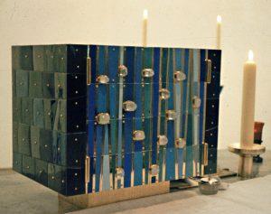 Tabernakel u Altarleuchter Herz-Jesu, Dortmund-Hörde 1957
